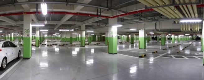 Underground_Carpark_LED_Tubes